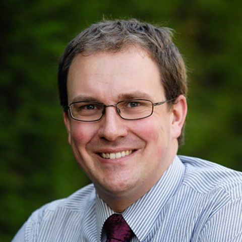 Dr Ryan Davis